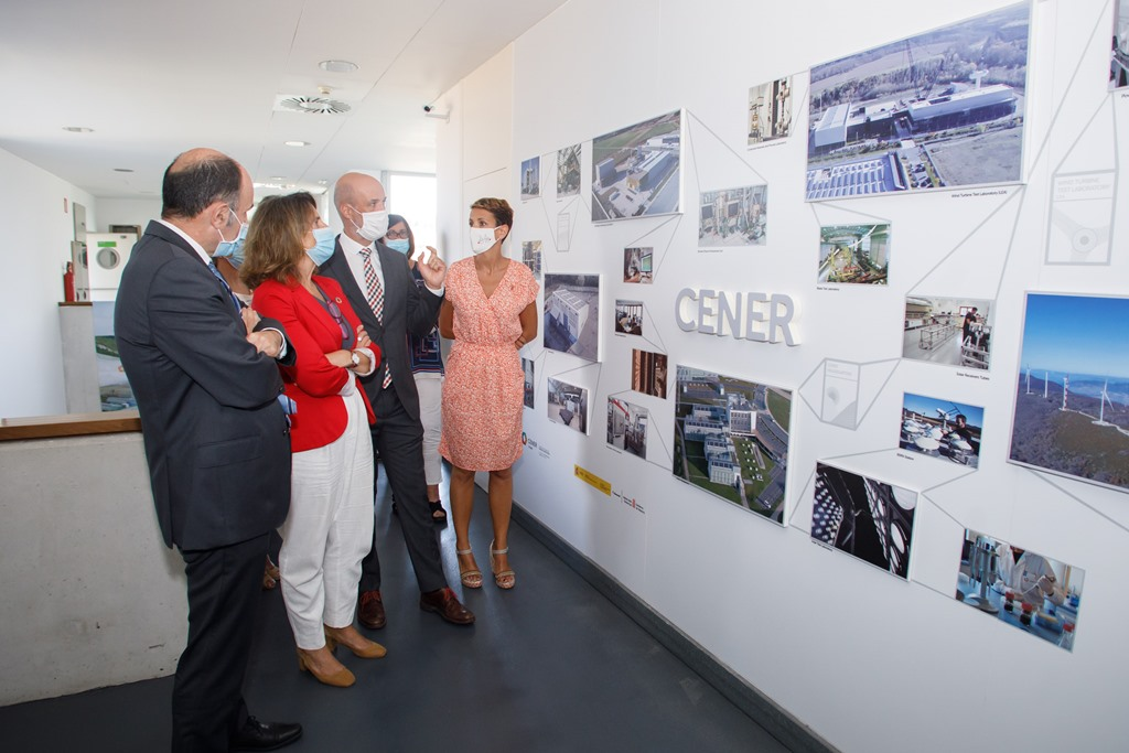 THE DIRECTOR OF CENER PRESENTS VICE PRESIDENT TERESA RIBERA THE CENTER'S PROPOSALS ON DECARBONIZATION