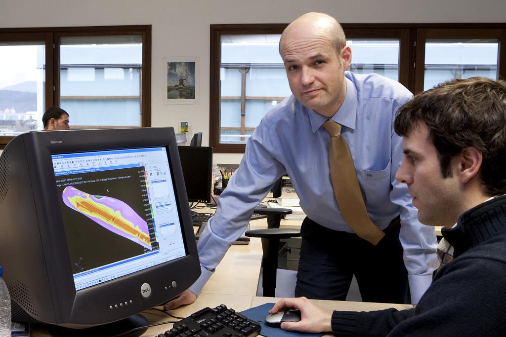 En la imagen Pablo Ayesa, Director del Dpto de Energía Eólica de CENER