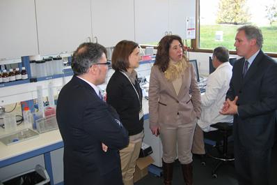 La nueva Delegada del Gobierno visita CENER