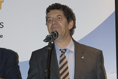 Félix Avia (CENER) galardonado por el sector eólico