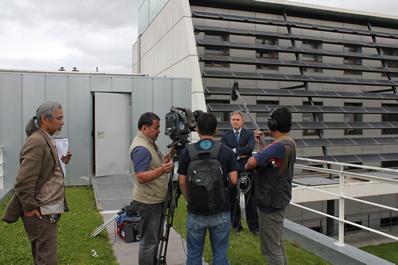 La tv japonesa emite un programa en directo con CENER como experto