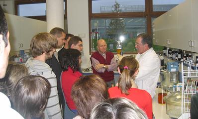 Un centenar de personas visitan CENER con motivo de la Semana de la Ciencia