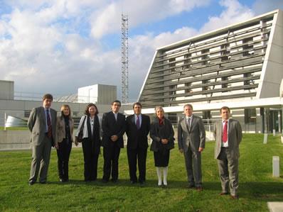 El Embajador de Chile visita CENER