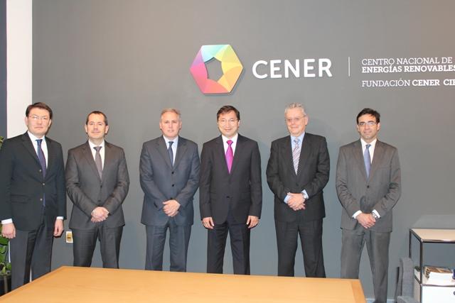 Reunión y visita del Embajador de Kazajistán en España, Bakyt Dyssenbayev