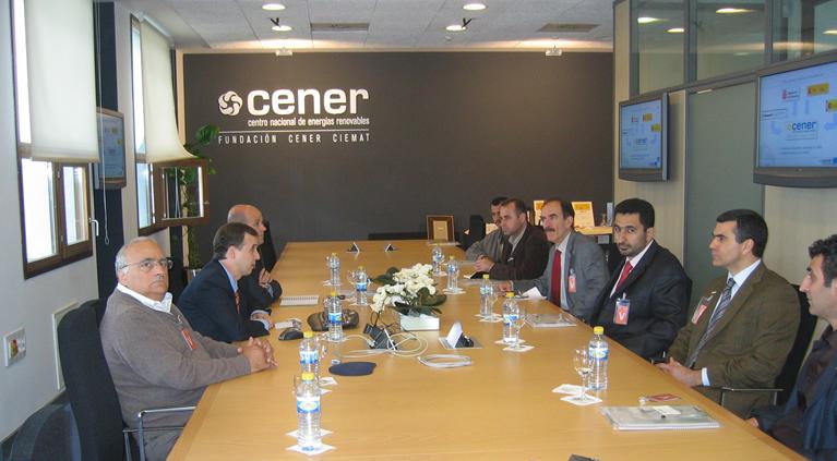 Representantes de instituciones kurdas